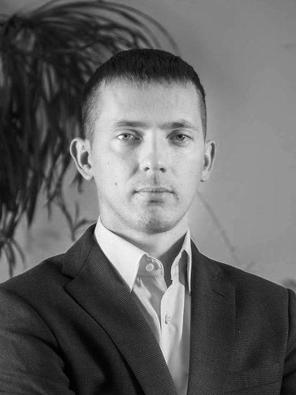 Anton Zubarev
